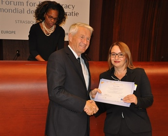 Prishtina School for Political Studies receives certificates from the Council of Europe